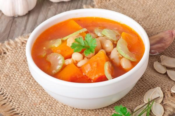 вкусный суп на мясном бульоне