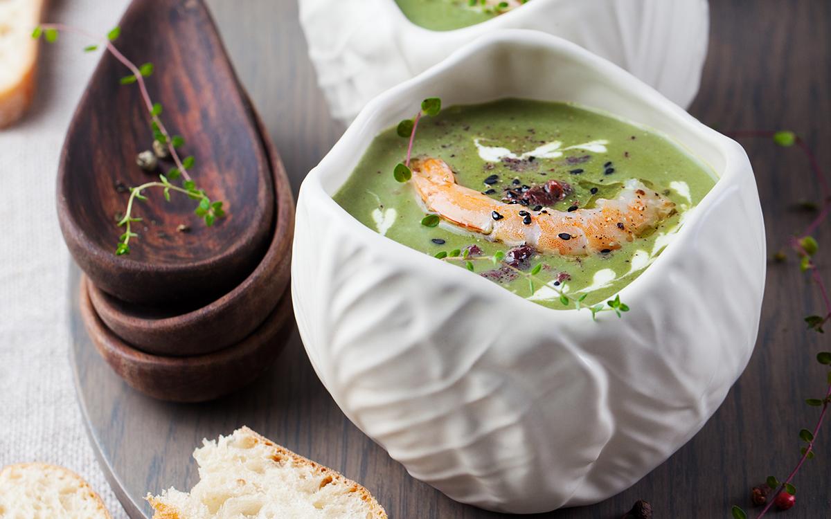 Суп из шпината и грибов