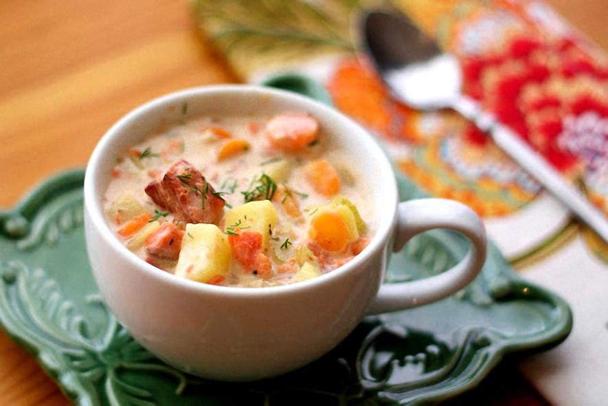 Оригинальный финский суп с морепродуктами и форелью