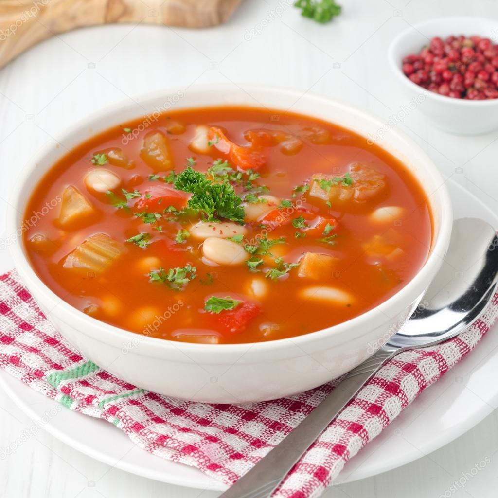 Суп детям с рисом и помидорами