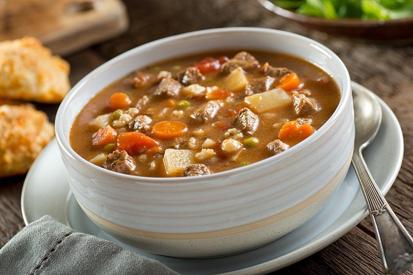Суп с мясом, картошкой и сельдереем
