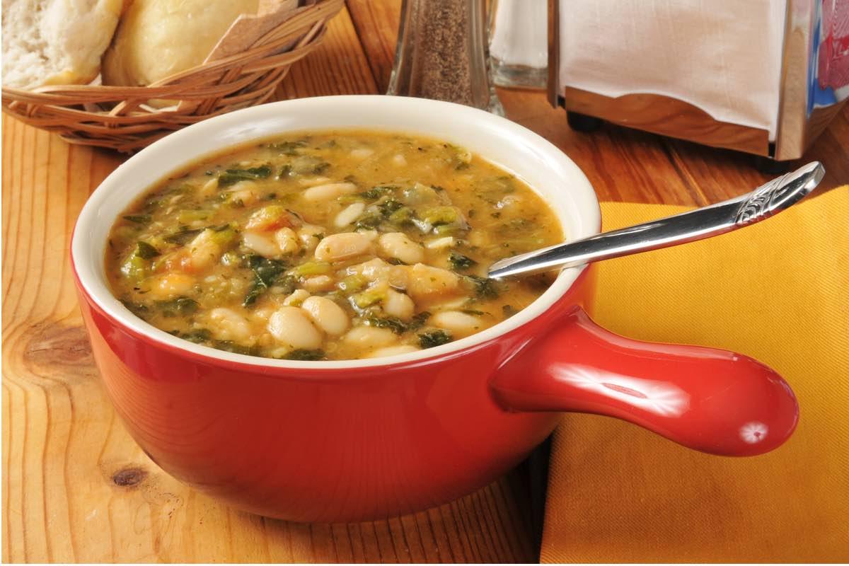 Суп фасолевый с мидиями