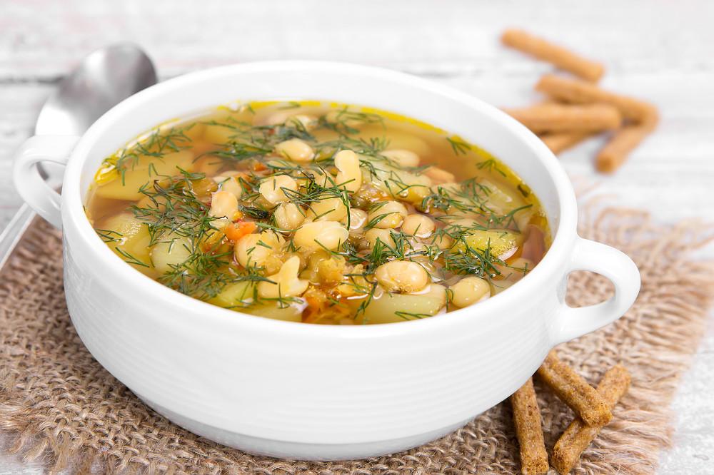 Суп фасолевый с рёбрышками