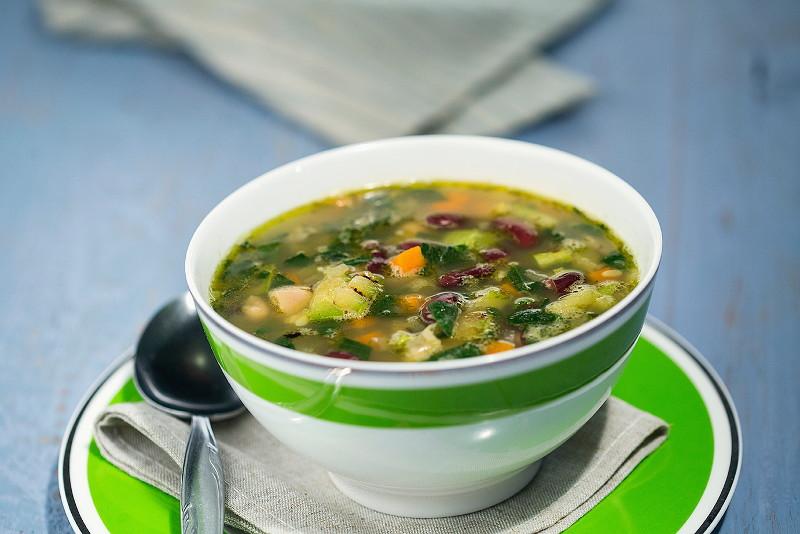Суп из черных бобов и тофу