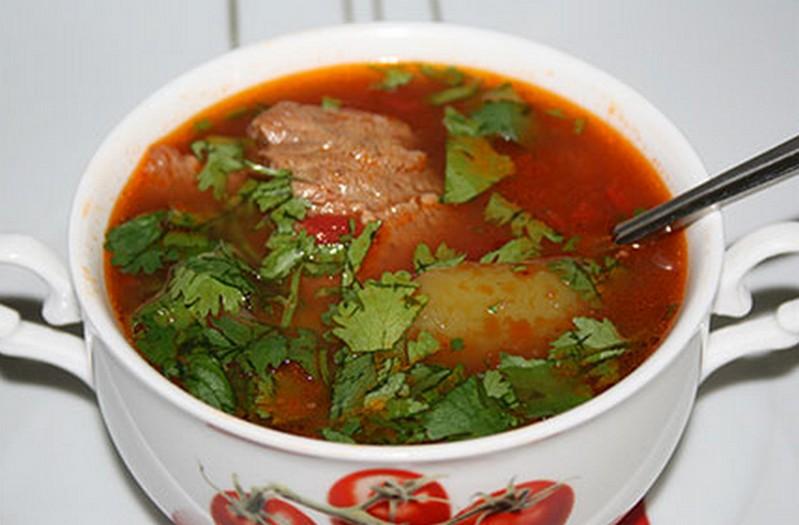 """Суп с мясом и картошкой """"Томатный"""""""