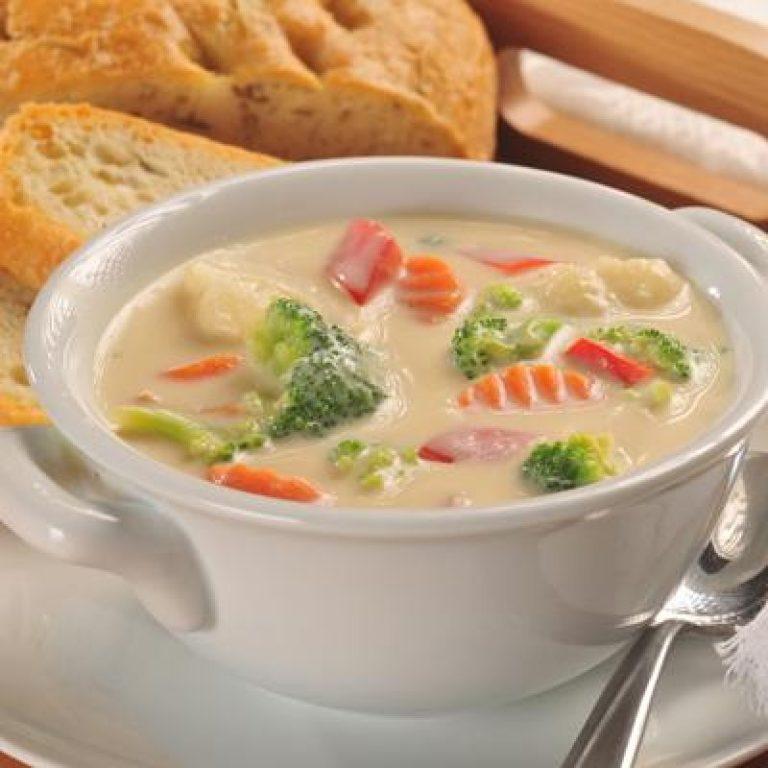 Супы для детей составляют основу здорового питания.
